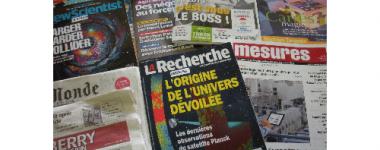 Photographie de quelques journaux et revues disponibles à la BU