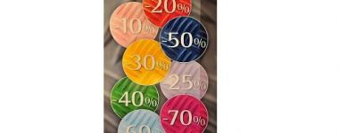 Image numérique avec des cercles de couleur présentant les différents pourcentages de rabais.