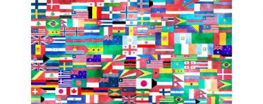 image constitutée d'un assemblage - mosaïque - de drapeaux nationaux